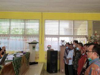 Asricun melantik Ketua MKKS SMA se Limapuluh Kota pada Kamis (4/3) di aula SMAN 1 Harau